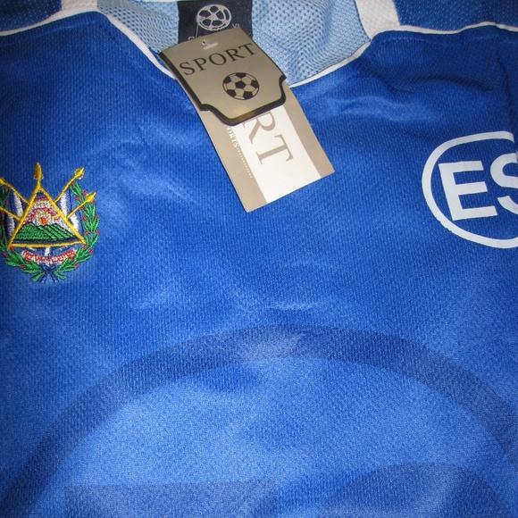 1cc509a16 XL Men s Soccer Jersey with Emblem of El Salvador